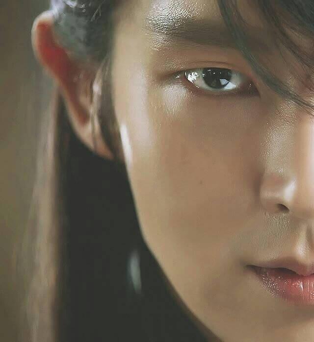 Wang Soo interpretato da Lee Joon Gi nel K Drama Moon Lovers