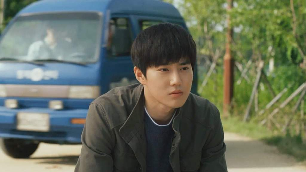 "Suho in una scena del film ""One way trip"""